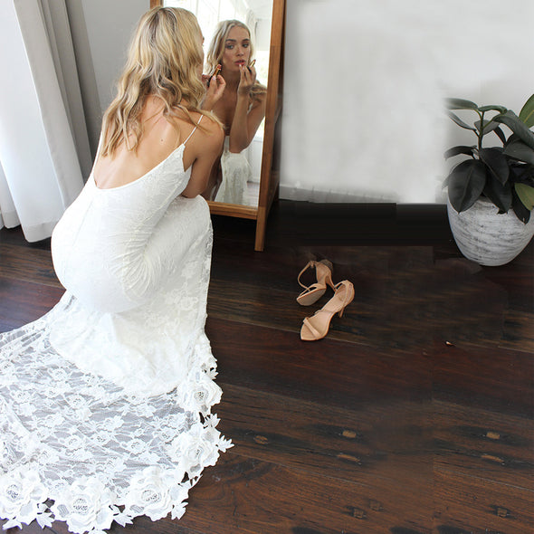 Charming Deep V-neck Lace Wedding Dresses with Slit
