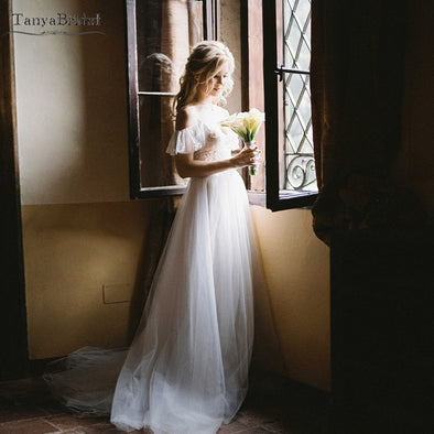 Ivory Lace Tulle Wedding Dresses Off The Shoulder Bohemian Bridal Gowns