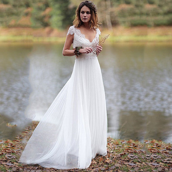 Beach A Line Lace  Tulle V Back Wedding Dresses