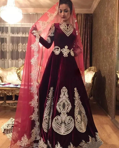 Luxury Muslim Wedding Dresses 2020 Arabic Dubai Velvet Burgundy Gold Applique Bridal Gowns Sweep Train Wedding Dress