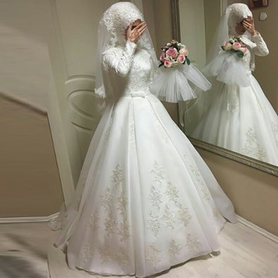 Long Sleeves Muslim Wedding Dresses With Hijab Ball Gown Sweep Train Jewel Applique Chiffon Floor-Length Arabic gelinlik