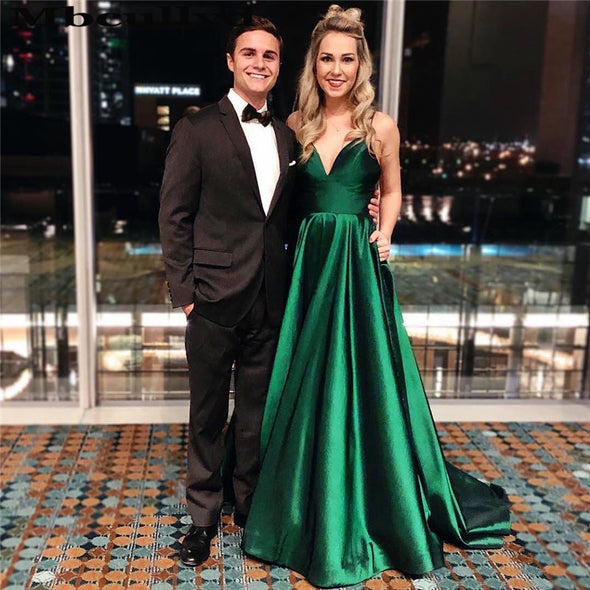 V-neck A-line Prom Dresses Long 2020 Sexy V-neck Green Evening Party Gowns Formal Plus Size Satin robe de soiree