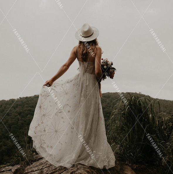 Moonrise Bohemian Wedding Dresses Star moon Striking Lace A Line Bridal Gowns Romantic Vestido De noivas Chic DW333