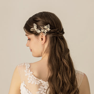 O558 New Milky White Flower Hair Fork Set Bridal Accessories