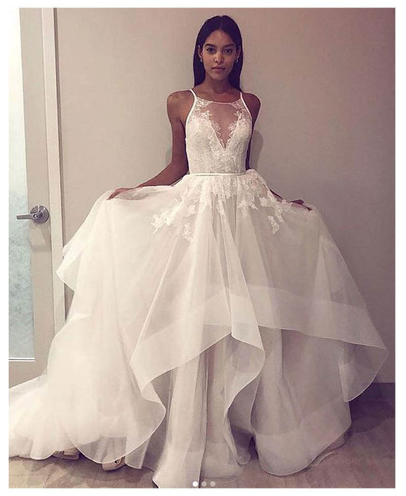 Organza Satin Ruffles Wedding Dresses With Lace Appliques