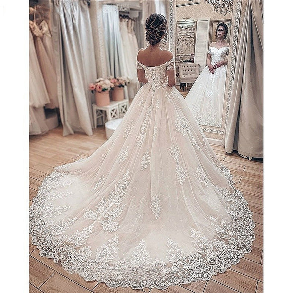 Short Sleeves Lace Off Shoulder Appliques Wedding Gowns