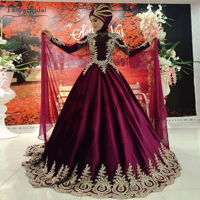 Wine Red Long Sleeve Wedding Dresses Gold Lace Appliques Muslim Kaftan Bridal Gowns DW131
