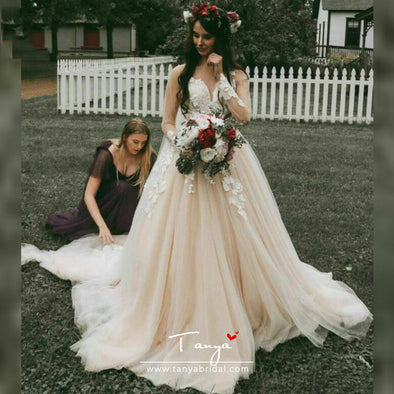 Champagne Wedding Dresses Long Sleeves Lace Up Back lace Appliques Boho Wedding gowns Bride Dresses