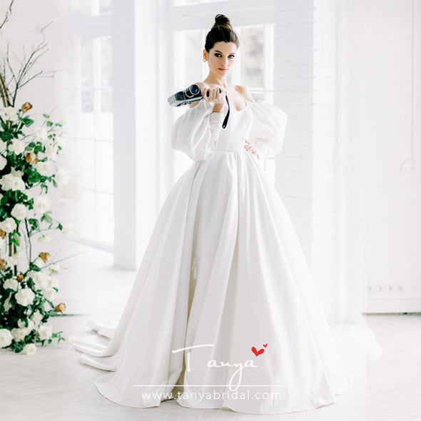 Exquisite Dramatic Free-Spirited Wedding Dresses Whimsical Long Sleeve Satin A Line Bridal Gowns Unique Shape Noivas ZW193