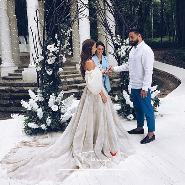 Fairytales Wedding Dresses Printed Flowers dramatic Puff sleeves Boat Neck Bridal Gowns robe de soiree Beauty Gowns ZW130