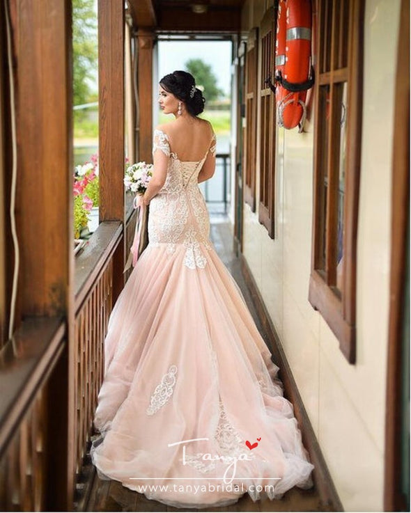 Gorgeous Blush Pink Mermaid Wedding Dresses 2020 Elegant Off Shoulder Appliqued Lace Tulle Trumpet Bridal Gowns With Lace-up Back