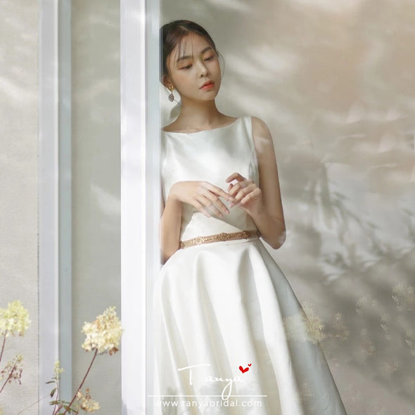 Elegant Simple Satin A Line Wedding Dresses With Gold Belt ZW371