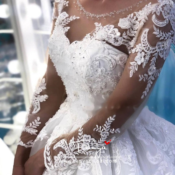 Ball Gown Long Sleeves Lace Wedding Dresses Illusion Neck Bridal Dress with train