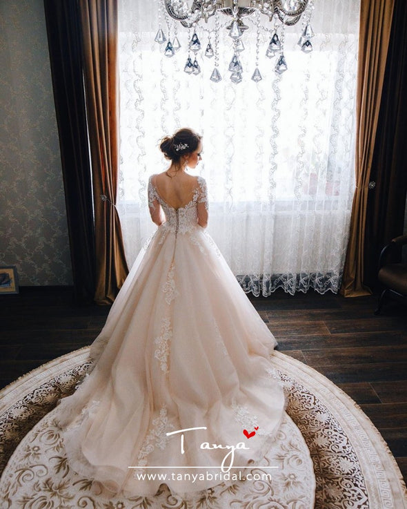 Elegant Fairy Lace Wedding Dresses With Train LOng Sleeves Bridal Dress Gown