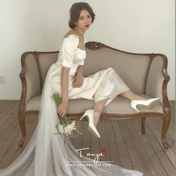 Silk Satin Ivory Long Wedding Dresses Simple Style With Detachable Tail