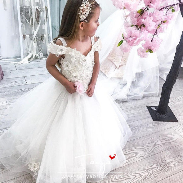 White Lace Flower Girl Dresses Off Shoulder 3D Floral Appliques TBF012