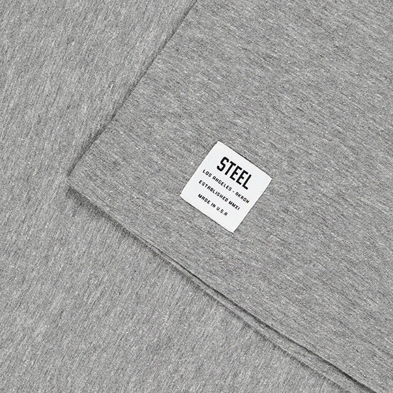GREY FITTED ESSENTIALS TEE