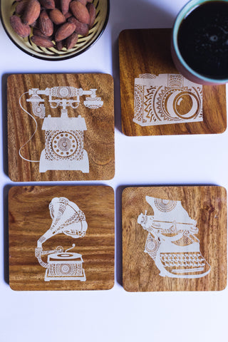 IVEI Mandala Teak Wood Reversible Coasters - Set of 4 (Retro)