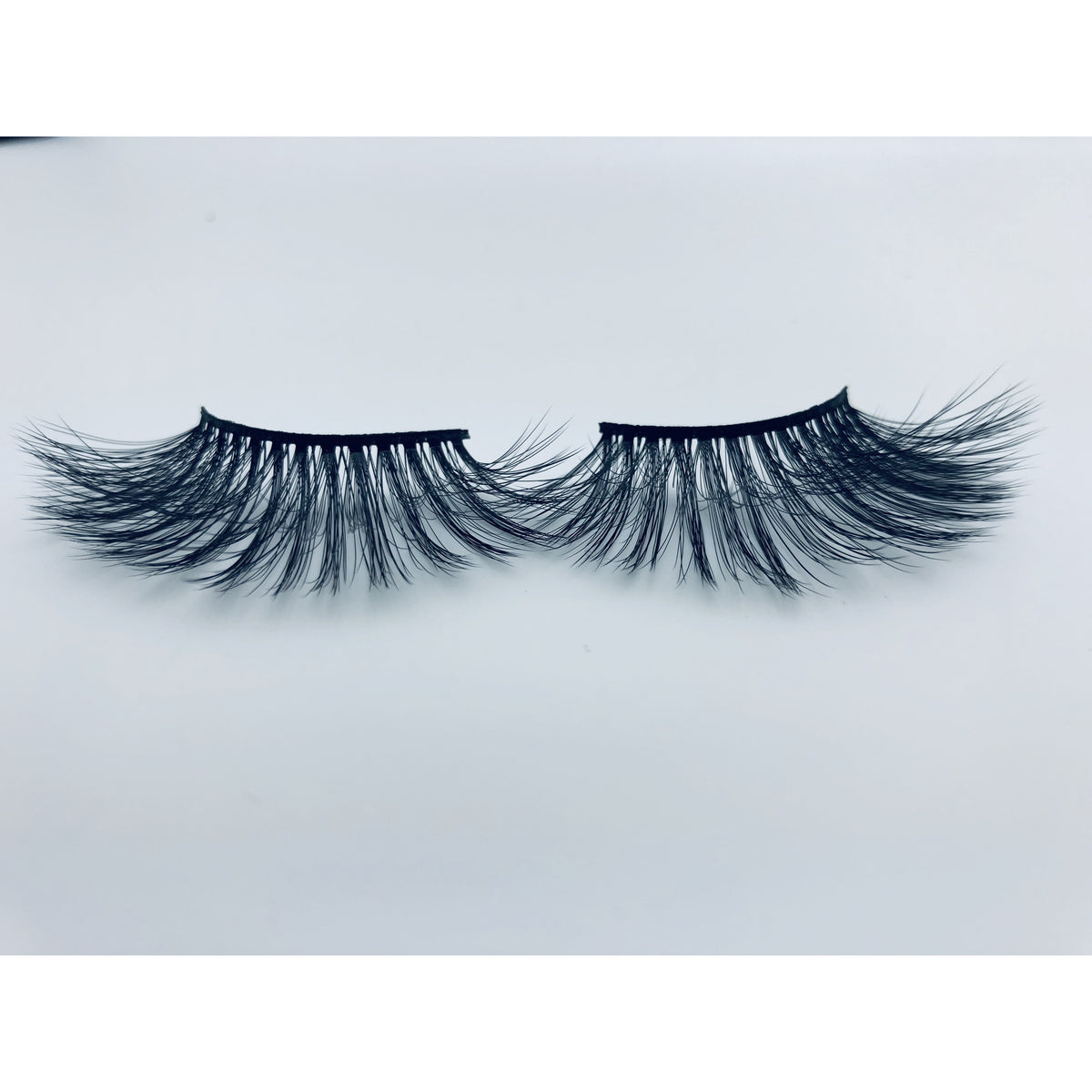 LIT UNICORNS - lashes - THAT B!TCH (25mm)