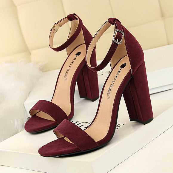 Fabulous Suede Buckle Heels ~IN 8 COLORS!~
