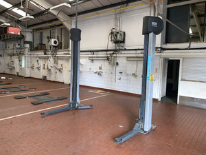 Multiple Car Workshops - Commercial Vehicle Lifts, Tyre Machines, Air Hoses, Heavy Duty Shelving & Much More