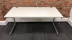 1600mm White Straight Desk