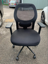 Load image into Gallery viewer, Mesh Back Office Chair Black (New Slight Seconds) - Flogit2us.com