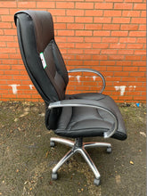 Load image into Gallery viewer, Whist Leather Faced Executive Manager's Chair (New Slight Second) - Flogit2us.com