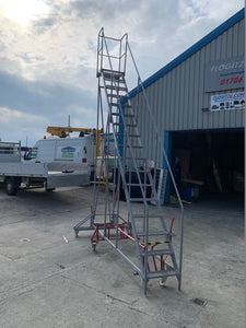 Mobile Industrial Warehouse Steps - Platform Height 4m