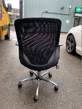 Load image into Gallery viewer, Mesh Back Office Chair Black - Flogit2us.com
