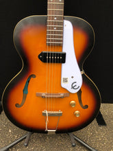 Load image into Gallery viewer, Epiphone Inspired By 1966 Century Electric Guitar Vintage Sunburst