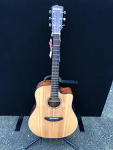 Load image into Gallery viewer, Breedlove Discovery Dreadnought CE Acoustic Guitar - Flogit2us.com