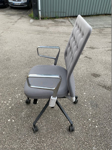 Vitra ID Trim Chair - Grey - Flogit2us.com