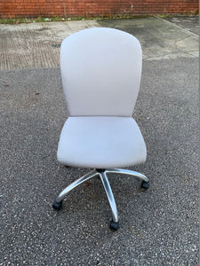 Roneo Curved Back Operator's Chair - Light Grey - Flogit2us.com