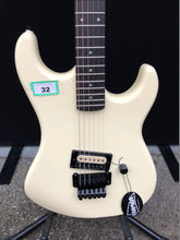 Load image into Gallery viewer, Kramer Barretta Vintage Electric Guitar
