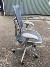 Load image into Gallery viewer, Herman Miller Mirra TriFlex Office Chair - Flogit2us.com