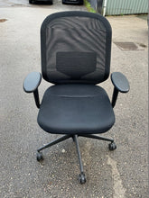 Load image into Gallery viewer, Vitra MedaPal Office Chair - Flogit2us.com
