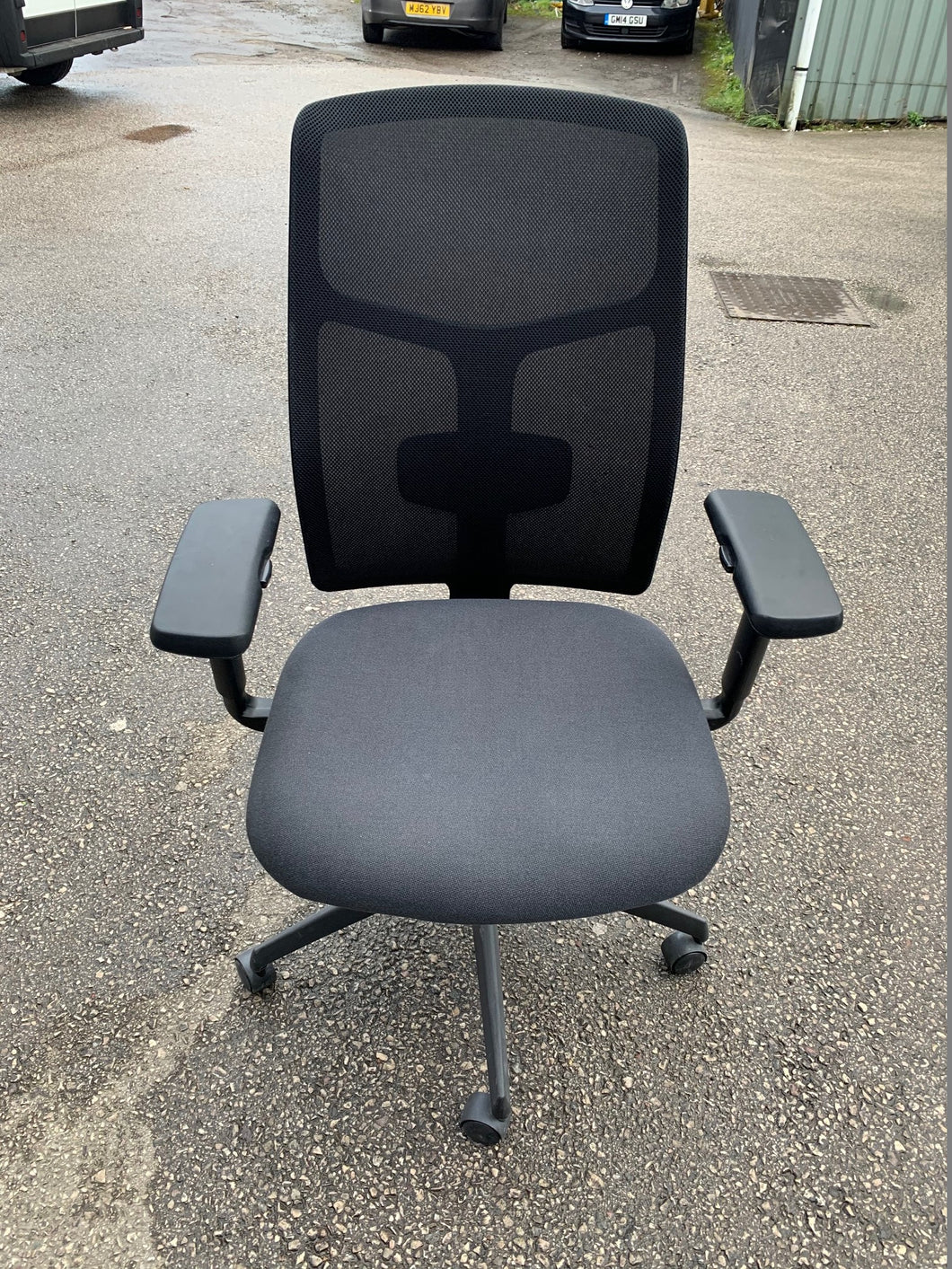 Boss Design Tauro Mesh Back Office Chair - Flogit2us.com