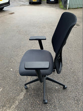 Load image into Gallery viewer, Boss Design Tauro Mesh Back Office Chair - Flogit2us.com