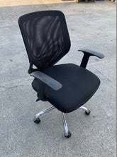Load image into Gallery viewer, Mesh Back Multi Function Office Chair With Arms - Flogit2us.com