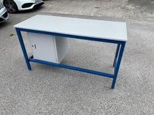 Load image into Gallery viewer, Benchmaster Medium Duty Work Bench With Cupboard