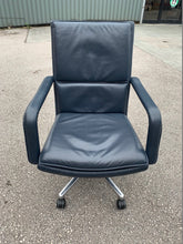 Load image into Gallery viewer, Keilhauer Elite Leather Executive Chair