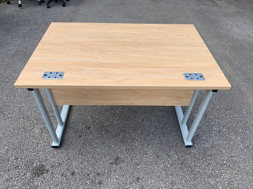 1200mm Oak Straight Desk (Special Offer)