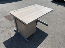 Load image into Gallery viewer, 1200mm Grey Oak Straight Desk