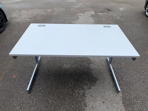 1400mm TC White Straight Desk (Special Offer)