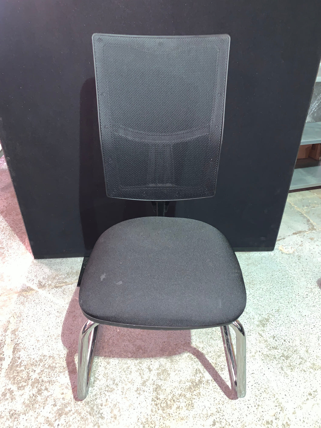 Mesh Back Cantilever Chair Black - Flogit2us.com