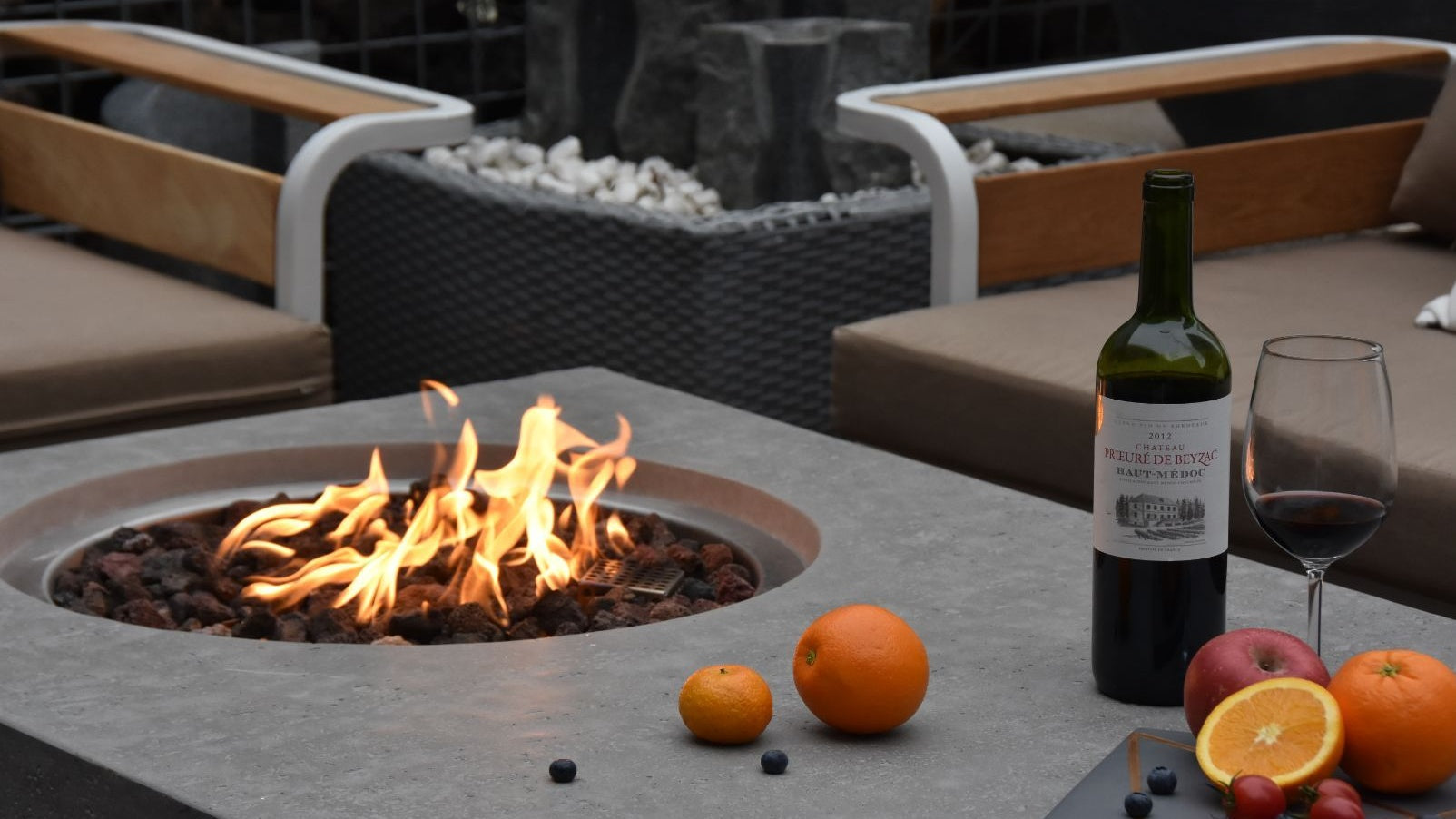Metropolis Fire Table - Cozy Corner Patios