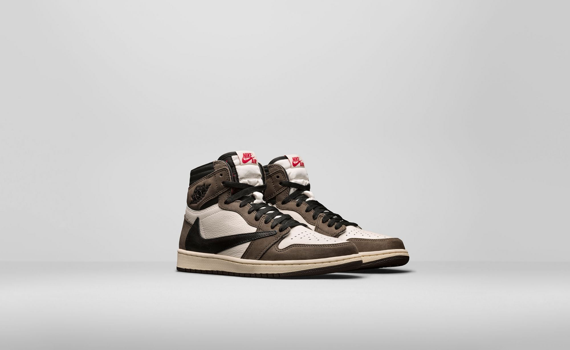 Travis Scott Air Jordan 1 High OG
