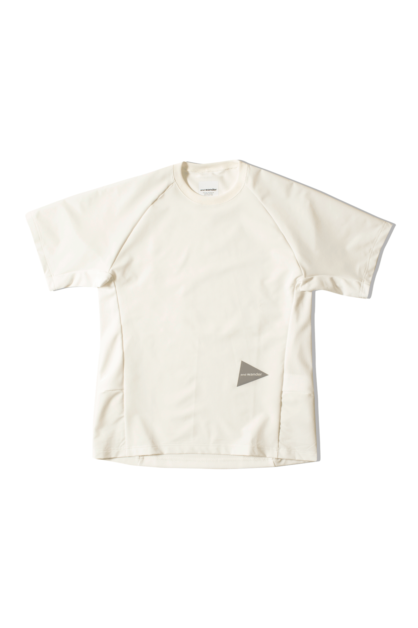 And Wander T-Shirts Hybrid Base S/SL Tee Bianco AW91-FT023#000#WHT#4 - One Block Down
