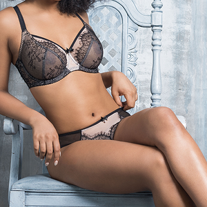 Fit Fully Yours Ava Lace Bra in Black